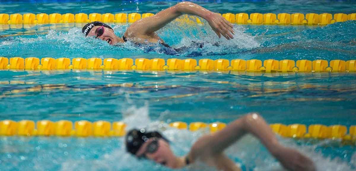 salud bucodental en nadadores
